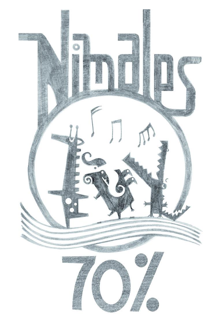 Los 3 Nimales cantando de alegría por el 70% del objetivo conseguido