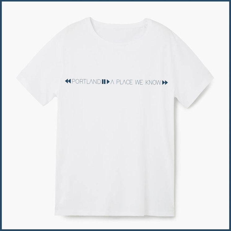 """Camiseta """"A place we know"""""""