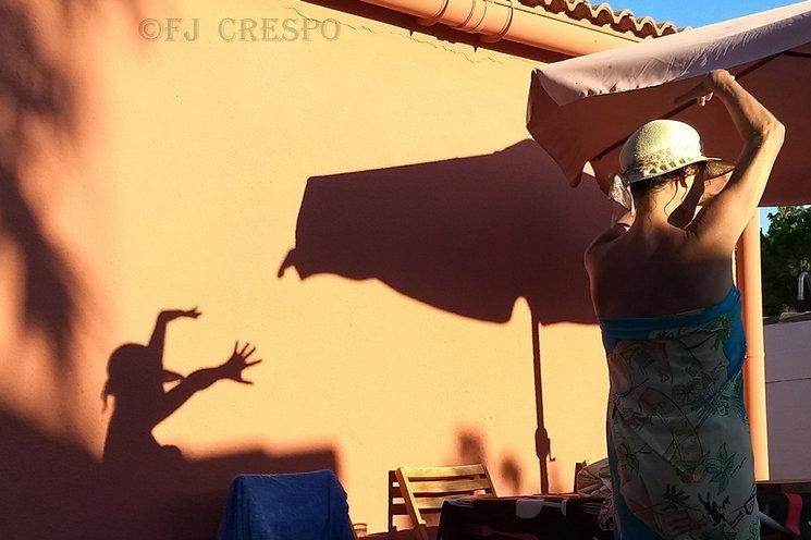 Juan baila flamenco hasta de vacaciones.
