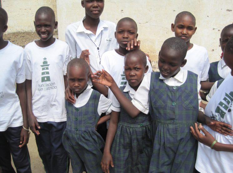 """Estudiantes del """"Saint Patrick´s School"""" en Turkana"""