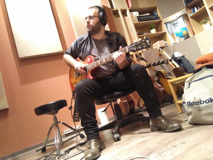 Grabando con una preciosa Les Paul