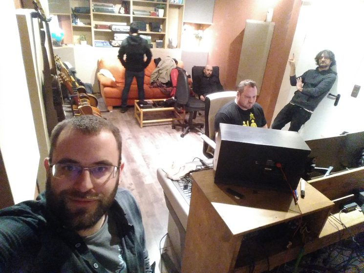 La banda en el estudio