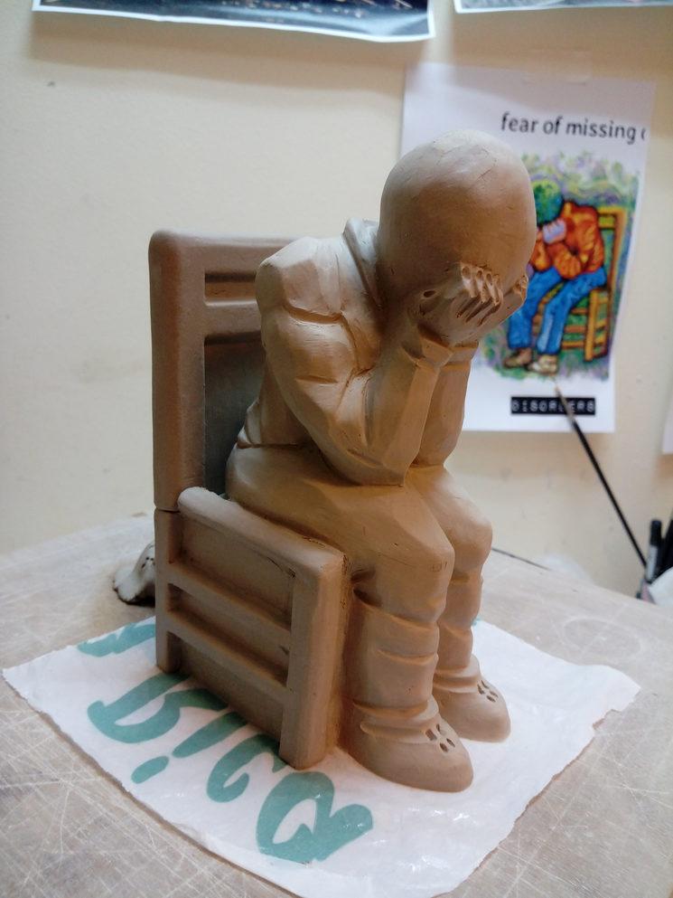 Escultura inspirada en la portada, realizada por APEM