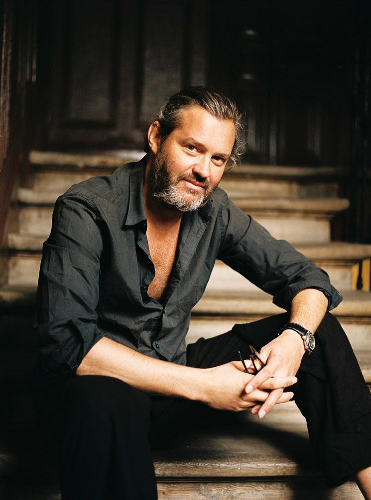 Director Arturo Prins