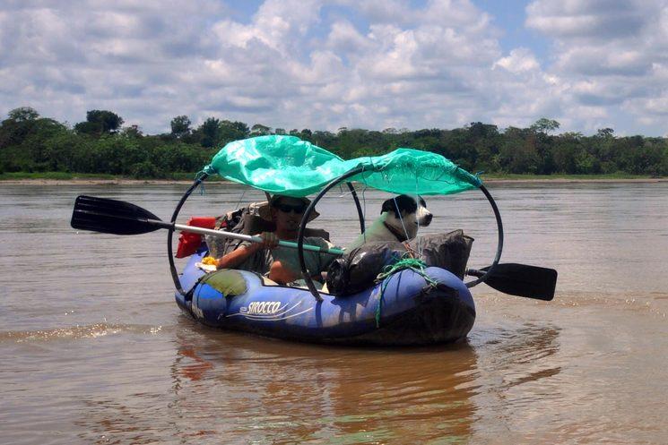 El día que nos dio por viajar por el Amazonas  en nuestra propia barca