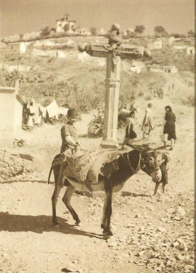 La cruz de la Rauda (Rauda Cross9, the 40s.