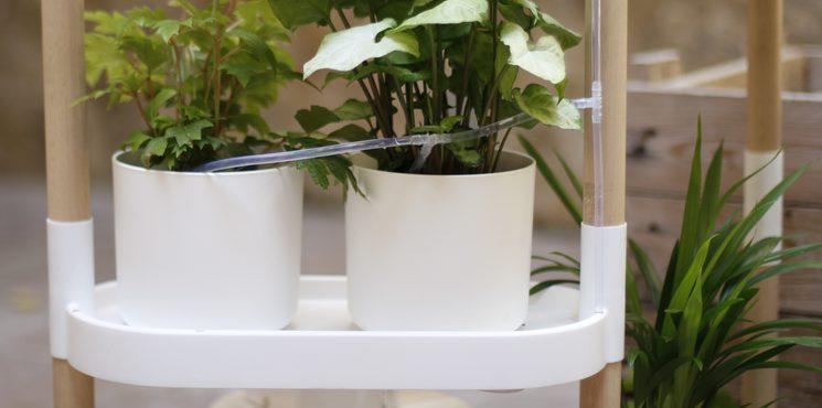 Irrigation tubes behind the shelf