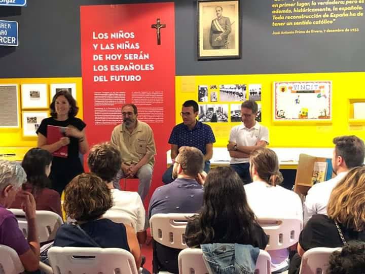 Con Sento Llobell y David F. de Arriba, charla sobre memoria histórica.