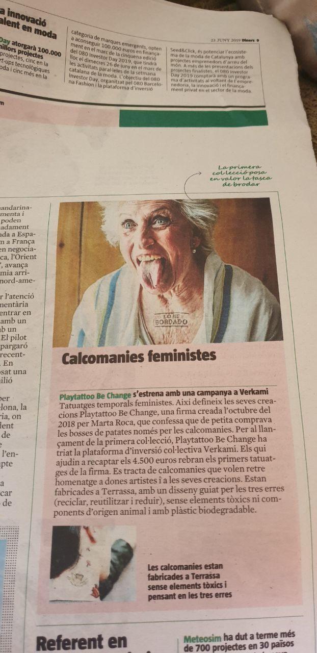 Una pieza del artículo que habla de Playtattoo en La Vanguardia