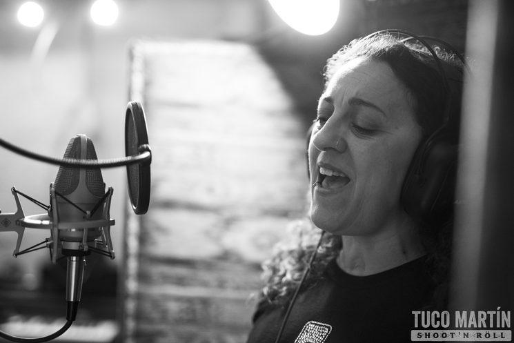 María J. Lladó (collaboration in vocals)