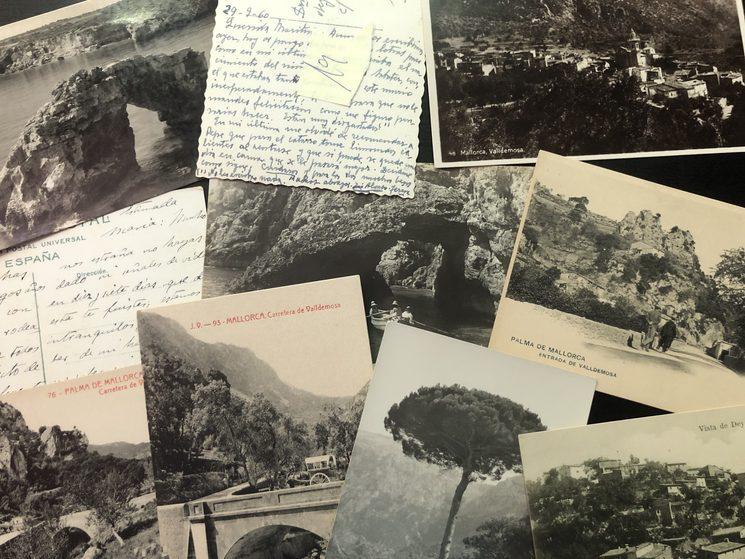 Diverses de les postals utilitzades prèviament per a aquest llibre