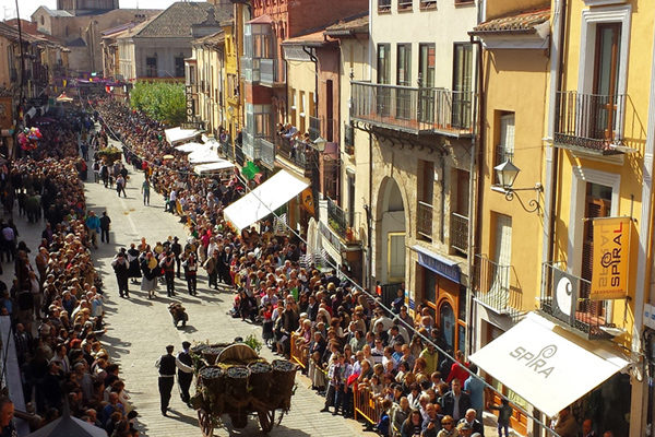 Desfile de Carros de la Vendimia en Toro