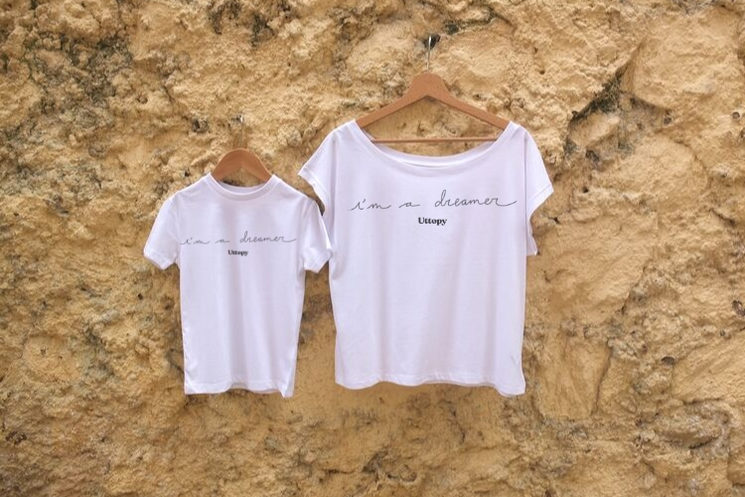 Camisetas iguales para amigos, parejas y familias