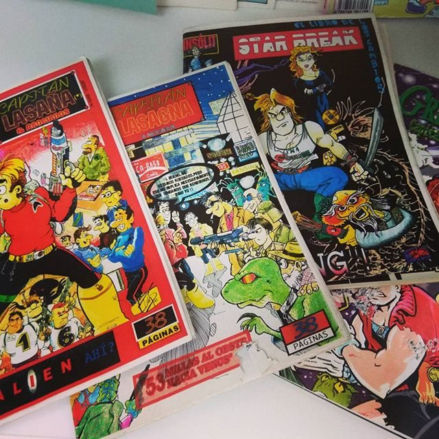 """Los Fanzines """"Star Break"""" que vendía en la escuela. Instagram: @ivansarnago"""
