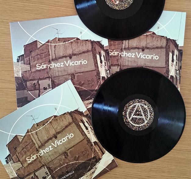 Ejemplares del vinilo Tierra Batida