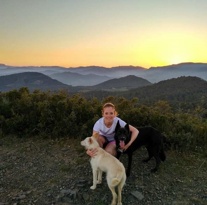 Alba, Fox i Kina a la muntanya
