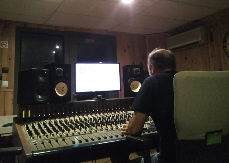 Josema Dalton en el estudio la Factoría