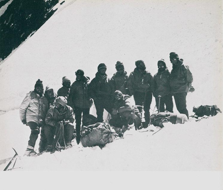 Los componentes de la expedición en el campo IV (6.200m). Julio de 1976