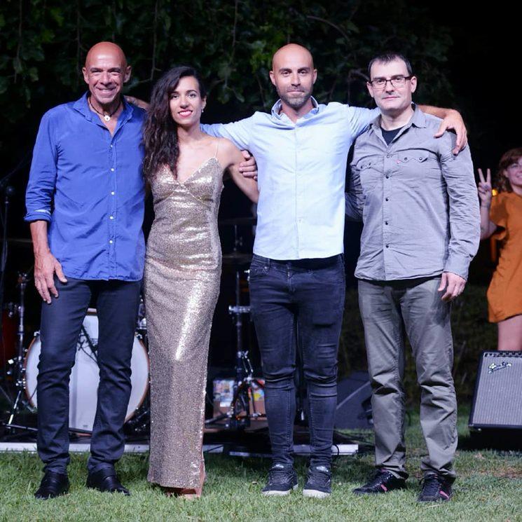 Guitarra Toni Sáiz, bajo Pepe Baeza y batería Miguel Balaguer Zarzo