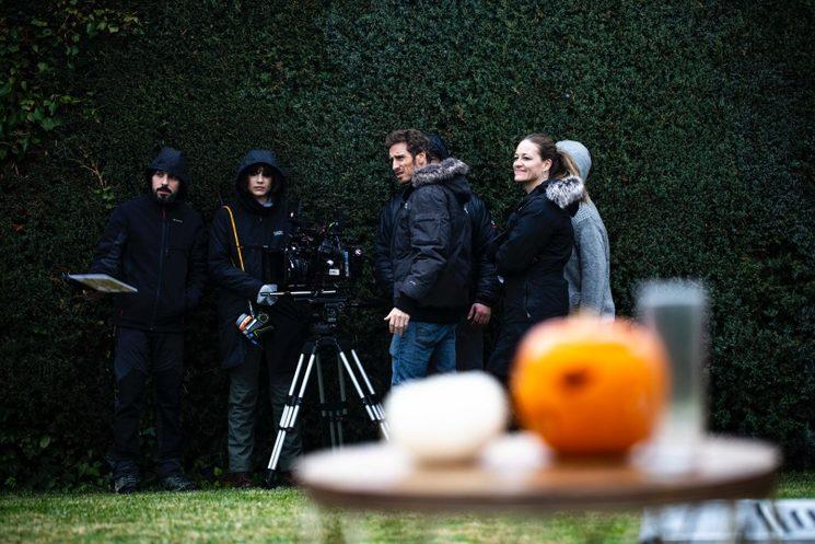 El equipo de Helsinki Films en el rodaje de Familias Foto fija: CIRCE F. Ervina