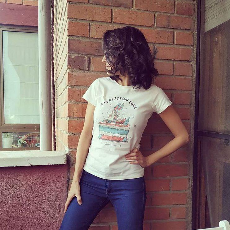 "Camiseta Chica 100% Algodón ""On Fire"" Todas las tallas"