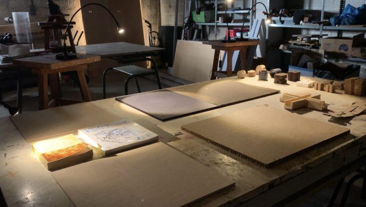 Muestra de materiales en el taller