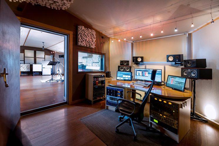 Eldana Studio (Dueñas) Fotografía: Christian MK
