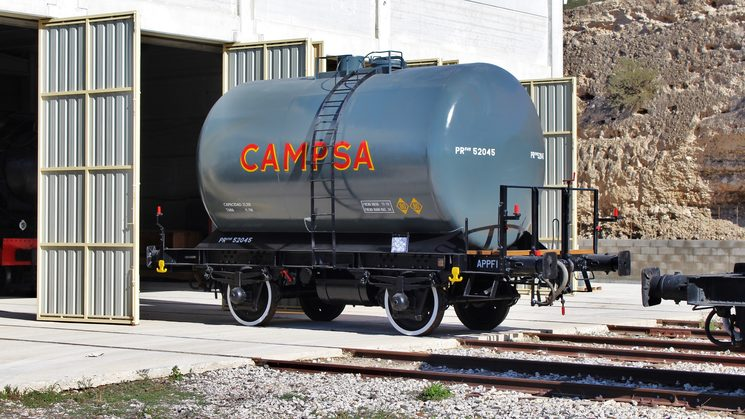 tank wagon Campsa restored in 2018