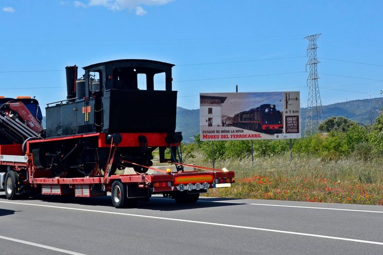 Locomotive arriving at the Railway Museum, April 2019