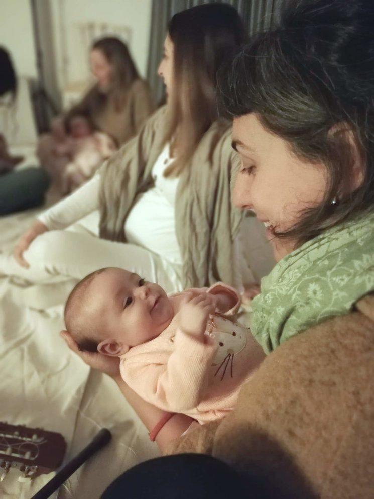 Cantarle a tu bebé es algo hermoso