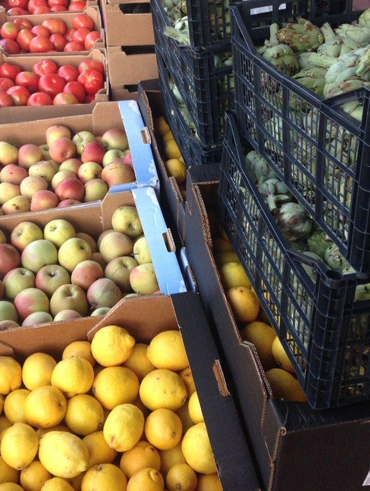 Intentaremos comprar el máximo de fruta y verdura, es lo que más necesitan.