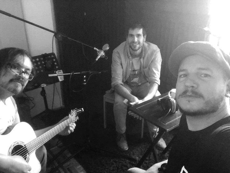 Yuri Nilo, MiQuel y Miguel Inzunza en el estudio KM0, Ciudad de México.