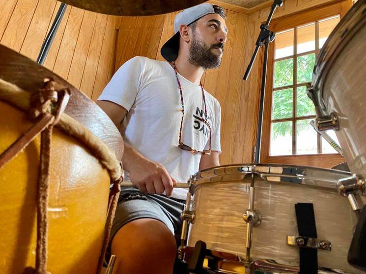 Amílcar Mendoza en el estudio