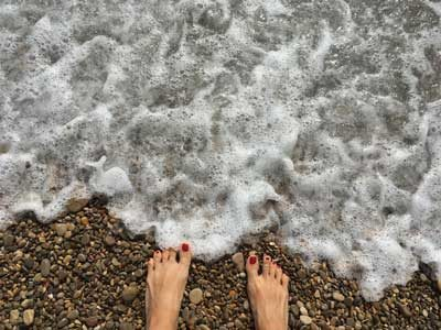 One of my #cocoterotime: walking along the seashore