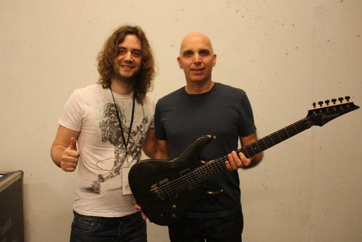 Yo con Joe Satriani en Vigo (2015).