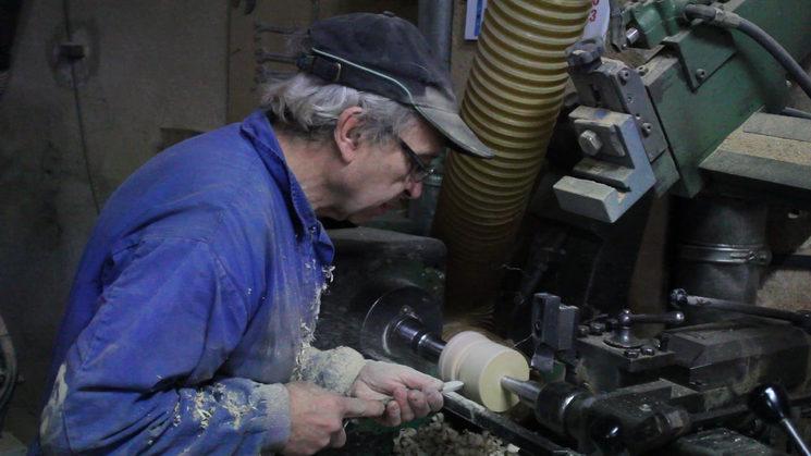 Fabricación de la madera por el artesano Pep Clos