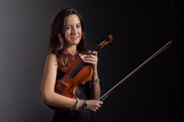 Olga Mañez: Violín