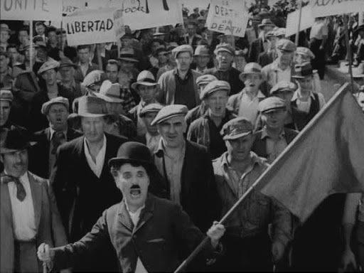 Chaplin no sale, pero...