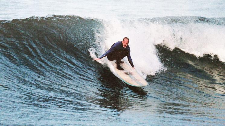 "FRANCISCO BUSTABAD ""FUCO"", SURFISTA LONGBOARD"