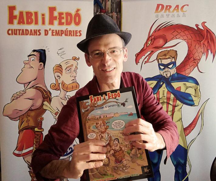 Jo i els meus personatges amb el segon volum de Fabi i Fedó!