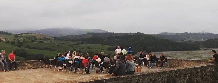 Festival poético a la orilla del Mar Cantábrico. San Vicente de la Barquera, verano 2.019.