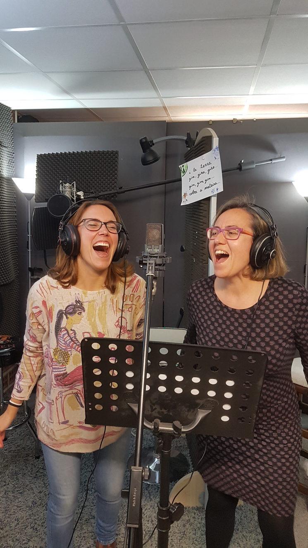 Lola i Ester gravant Vía Làctea a Pandostudios