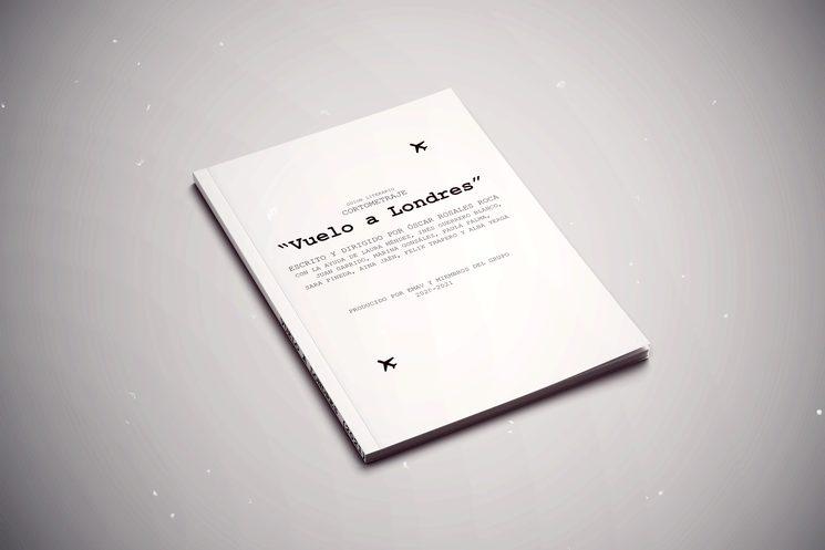 Podriaís recibir un librito tan bonito como este, pero con nuestras firmas, hecho todo siempre con muchas ganas y cariño !