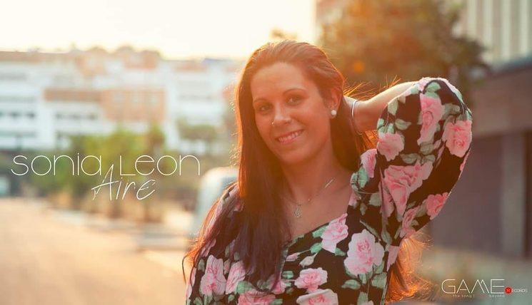 Sonia León