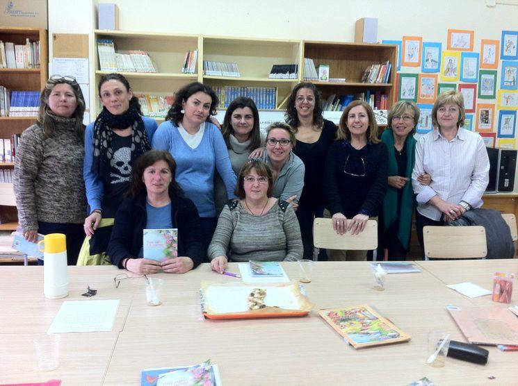 Con el club de lectoras de Movera en la presentación de mi primer poemario