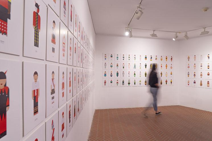 Exposició de colors.cat amb més de 400 il·lustracions.