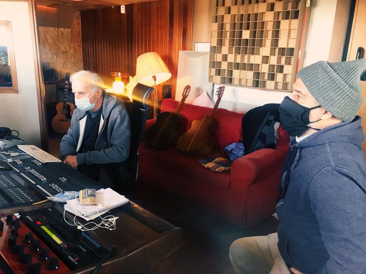 Leo and Gonzalo in the recording studio