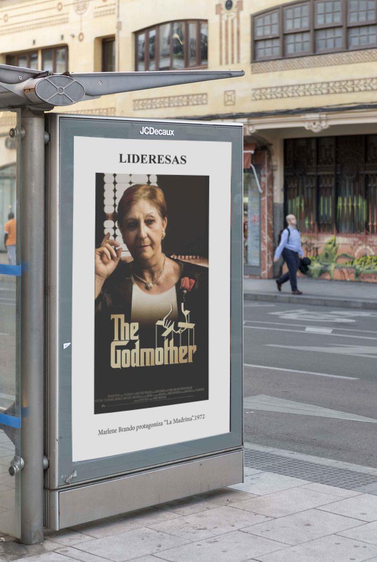"""""""Lideresas"""" en las marquesinas de bus urbano en Madrid."""