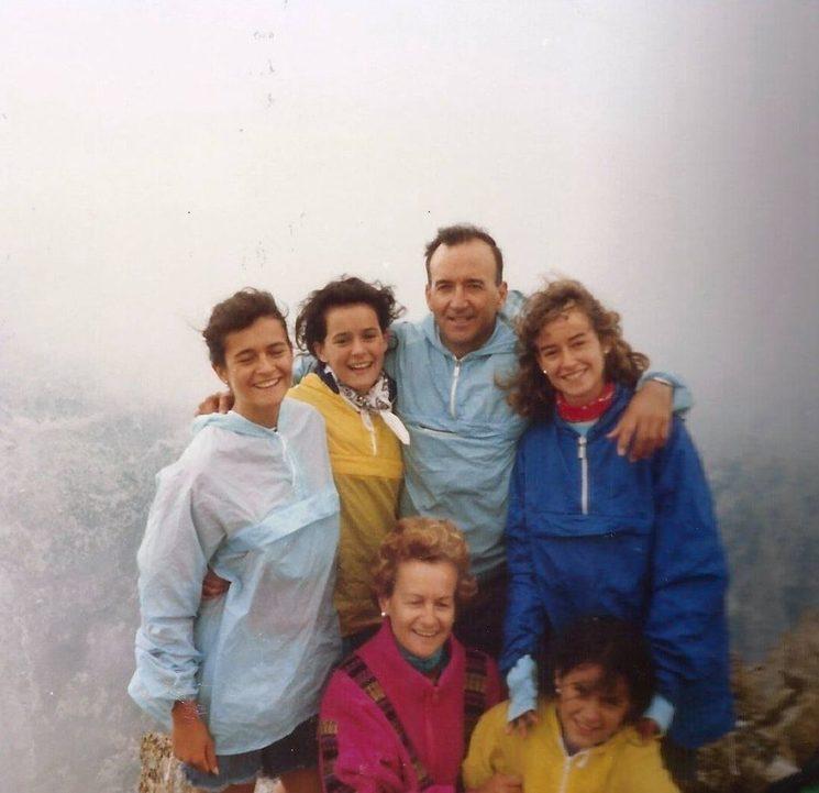 En las Argualas con nuestras cuatro hijas