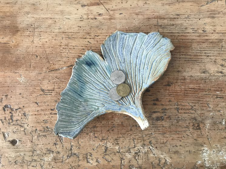 Ginkgo leaf glazed at 1250º